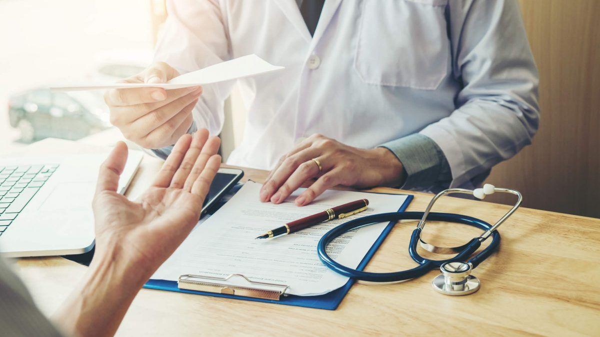 Excesso de atestado médico: como agir com esse fato?