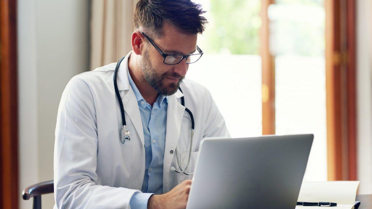 Telemedicina para médicos: saiba por que adotar essa tecnologia