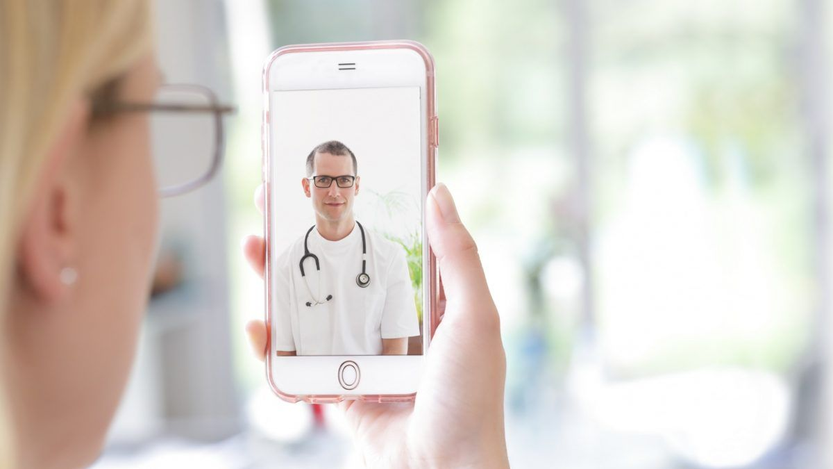 Entenda como a telemedicina ajuda na redução de custos
